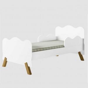 Cama Infantil Nuvem Branca com Proteção Lateral e Colchão